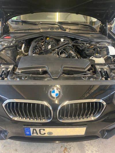 KUndenfahrzeug: 1er BMW 116i F20 mit B38B15 Motor in der Werkstatt